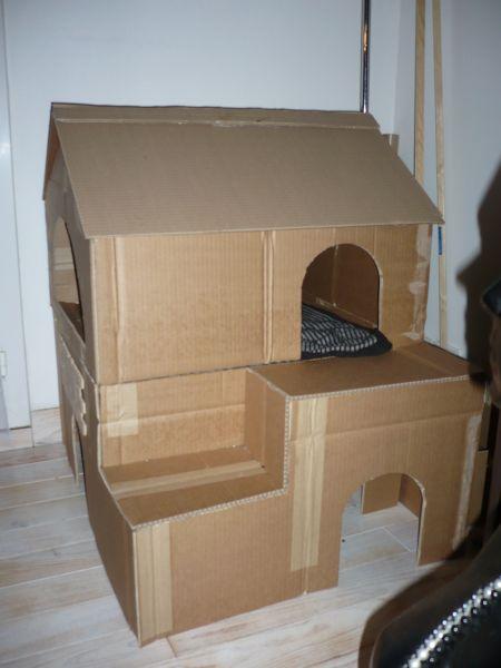Les ti tr sors de melie - Maison en carton pour chat ...